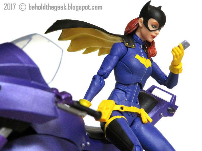 Dc Icons Batgirl Toy Review Behold The Geek