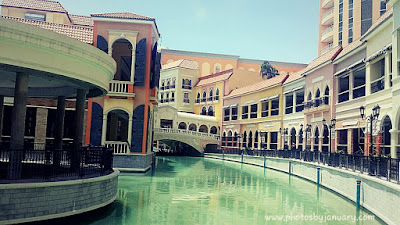 The Venice Grand Canal in Taguig