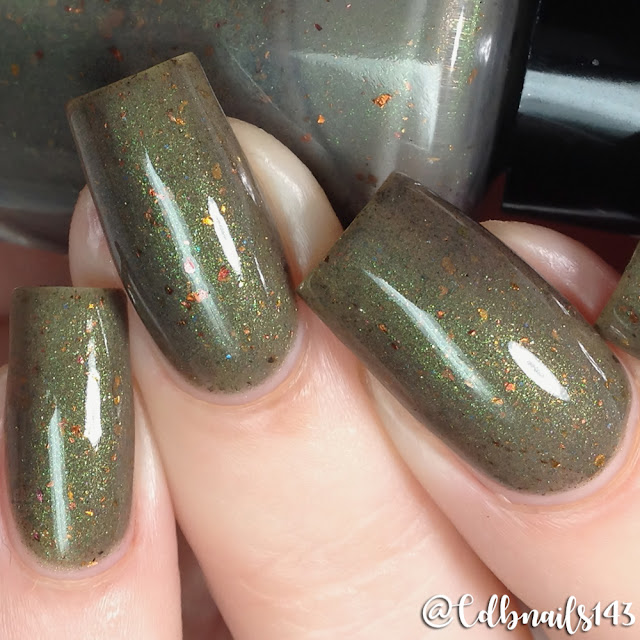 Fanchromatic Nails-Fell Beast