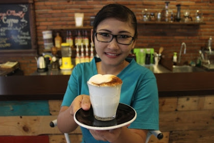 Lowongan Kerja Pekanbaru :Karyawati Kedai Kopi Maret 2017