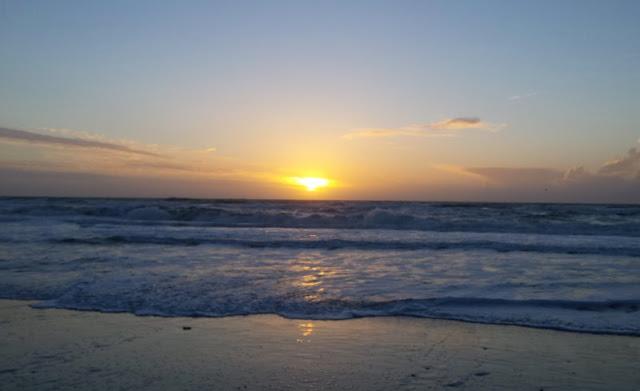 10 Dinge, die man unbedingt im Dänemark-Urlaub gemacht haben muss Dänemark Urlaub Ferien Tourist typisch dänisch Must-See Must-Do Sachen Essen Attraktionen Sehenswürdigkeiten Sonnenuntergang Westküste