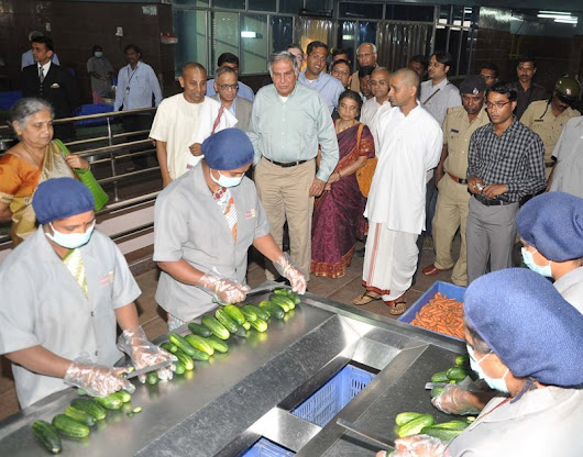 Pourakarmikas to get mid-day meals