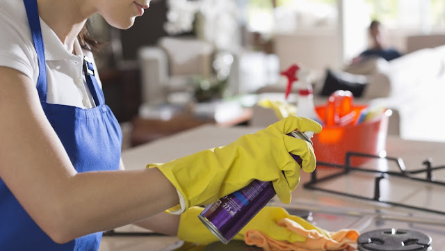 3 Things People with Clean Houses Have in Common?