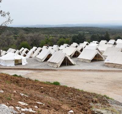Εθελοντική Ομάδα Δράσης Ν. Πιερίας: Γιατί ο σταθμός φιλοξενίας προσφύγων στην Πέτρα Ολύμπου δεν θα λειτουργήσει ποτέ!