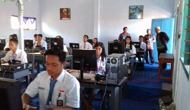 Pelaksanaan UNBK di SMA Mataram Tempursari