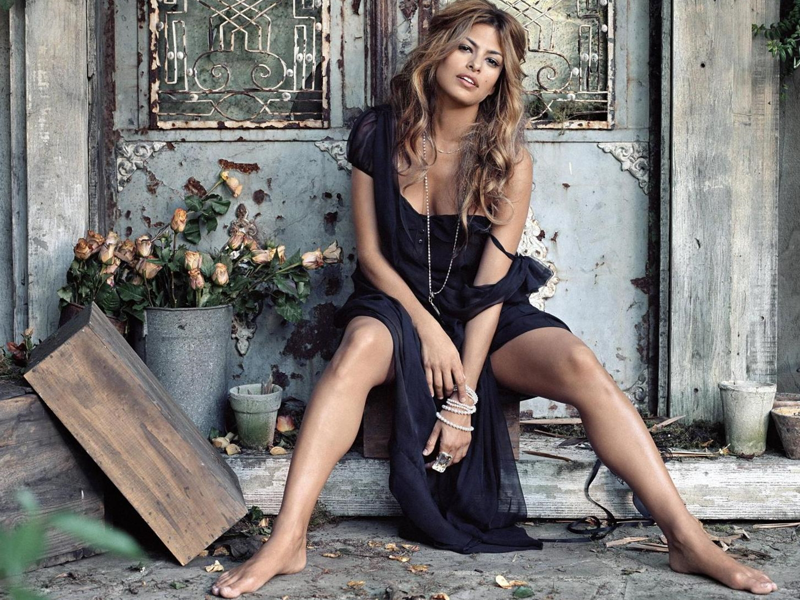 hollywood hot actress eva mendes latest hd wallpapers images 2013 its all about hollywood actress. Black Bedroom Furniture Sets. Home Design Ideas