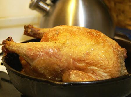 Pollo relleno de frutos secos. Receta de Navidad
