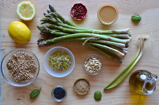 Ingredientes - Ensalada de trigo sarraceno y espárragos con aderezo de tahini 5