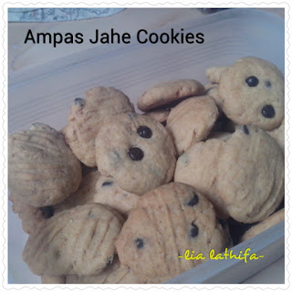 http://lialathifa.blogspot.com/2015/12/resep-ampas-jahe-bisa-menjadi-kukis.html