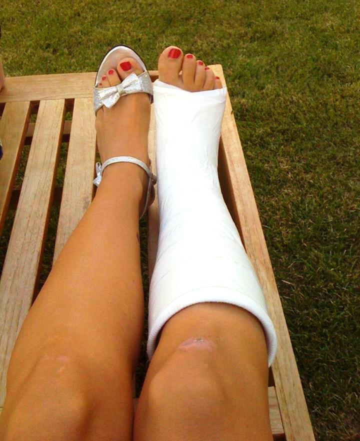 Slovenian girl feet and body 01
