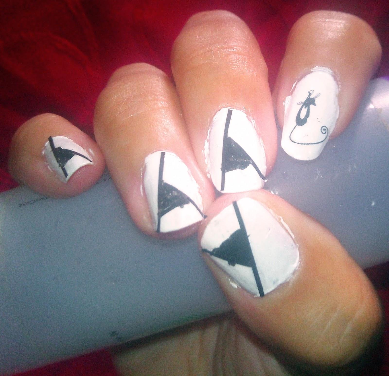 Trucos de Belleza: Decoración uñas: Halloween elegante. Paso a paso.