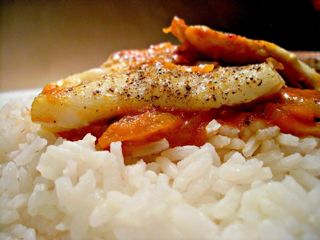 dorsz, ryba pieczona w pomidorach