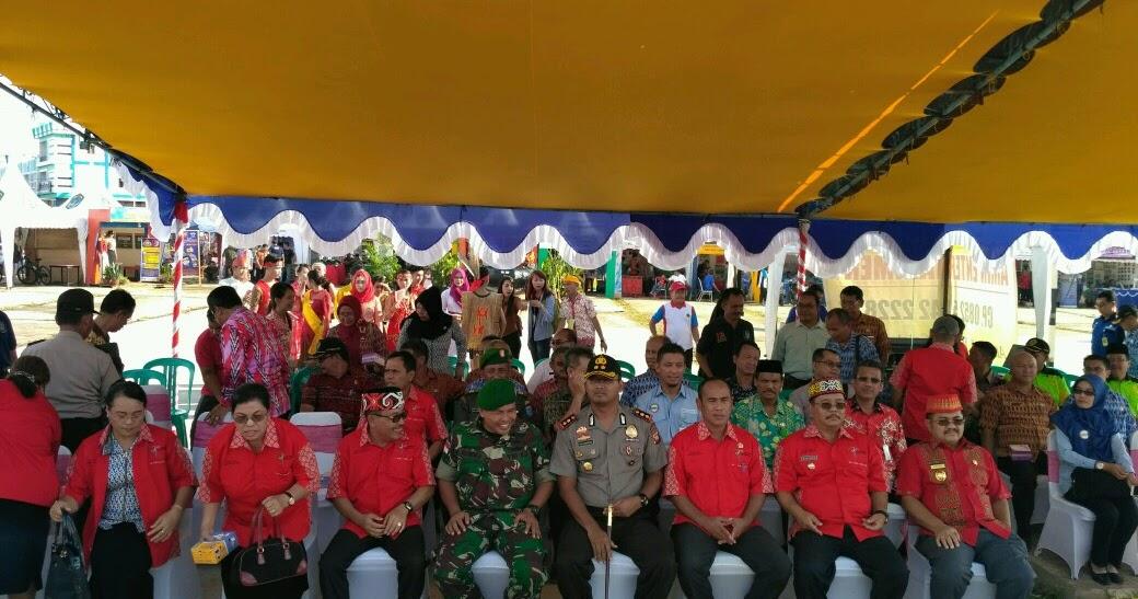 Kapolres Sekadau Menghadiri Kegiatan Pembukaan Festival Budaya Bumi Lawang Kuari Ke Vi Tahun 2016 Tribratanews Polres Sekadau