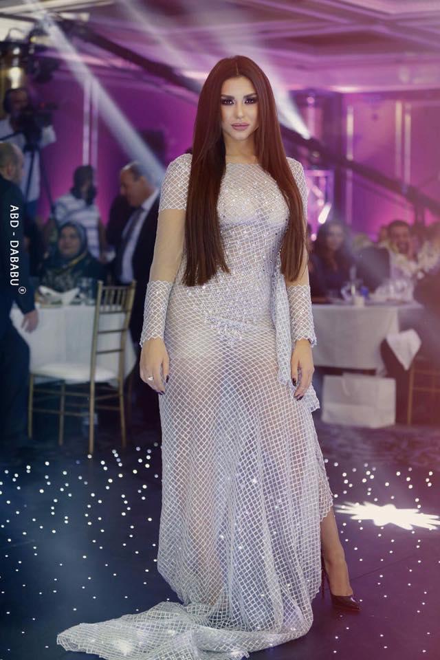 هبة داغر تلهب القلوب بملابس شفافة من حفل  درامانا بخير