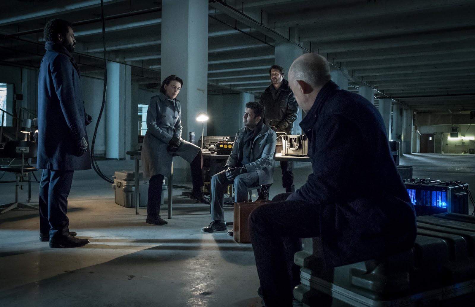 Starz ya ha anunciado que ha renovado Counterpart para una segunda temporada