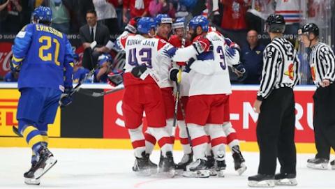 Jégkorong-vb: a finnek Kanadát, a csehek a címvédőt lepték meg