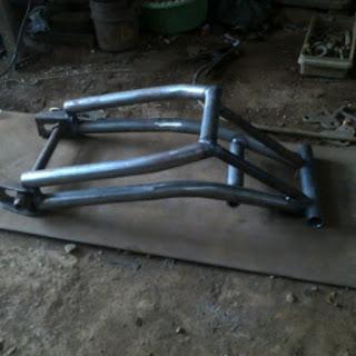 Swing ARM custom untuk Motor Sport, Trail, Supermoto, Japstyle dan Classic.