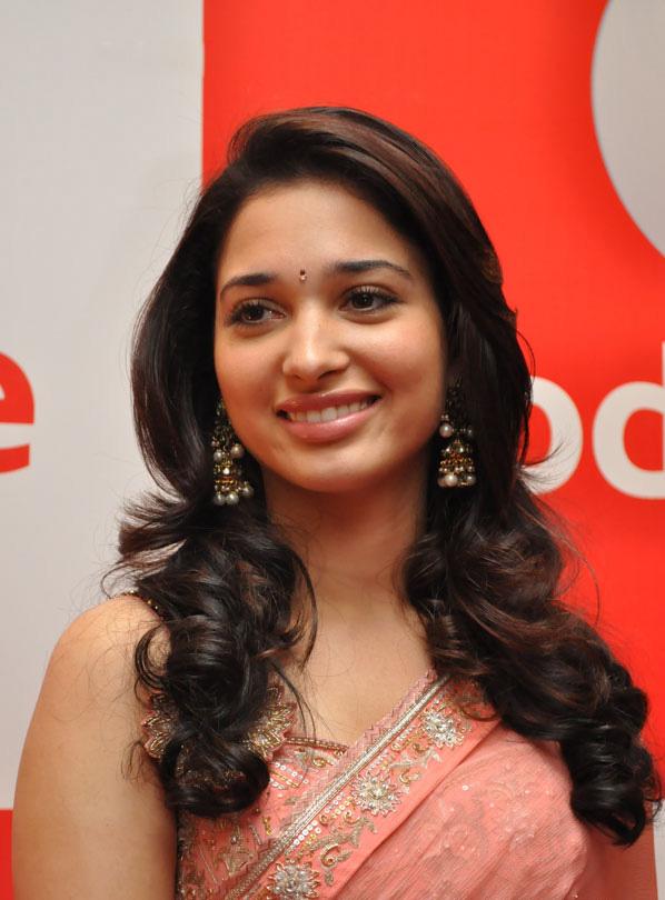 Glamours Bollywood Actress Tamannaah Hot Long Hair In Pink Traditional Saree