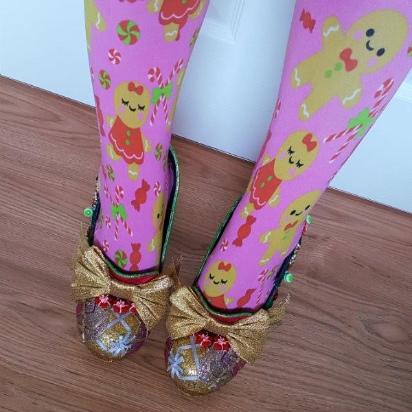 parcel toed shoes from above being worn with gingerbread tights