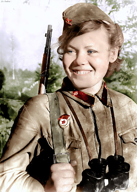 Galina Makarovna, Red Army nurse, 1942, Women color photos worldwartwo.filminspector.com