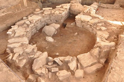 Neolithic houses unearthed in central Greece