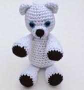 http://translate.googleusercontent.com/translate_c?depth=1&hl=es&rurl=translate.google.es&sl=auto&tl=es&u=http://stitchandunwind.com/free-crochet-pattern-klondike-the-snow-bear/&usg=ALkJrhjXhD--8ZvF-rMOHRkHgHkSp84xXw