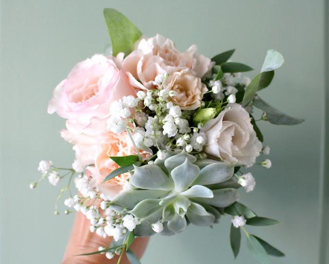 la petite boutique de fleurs fleuriste mariage lyon fleuriste mariage rh ne une plante grasse. Black Bedroom Furniture Sets. Home Design Ideas