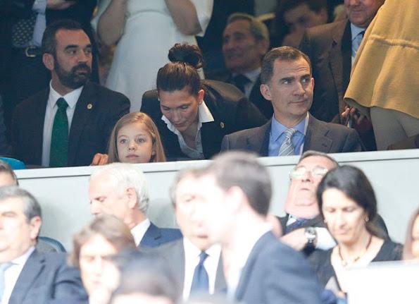 King Felipe and his daughter Infanta Sofía  watched Champions League semi final match at Santiago Bernabéu Stadium in Madrid. Champions League semi final match Real Madrid and Manchester City