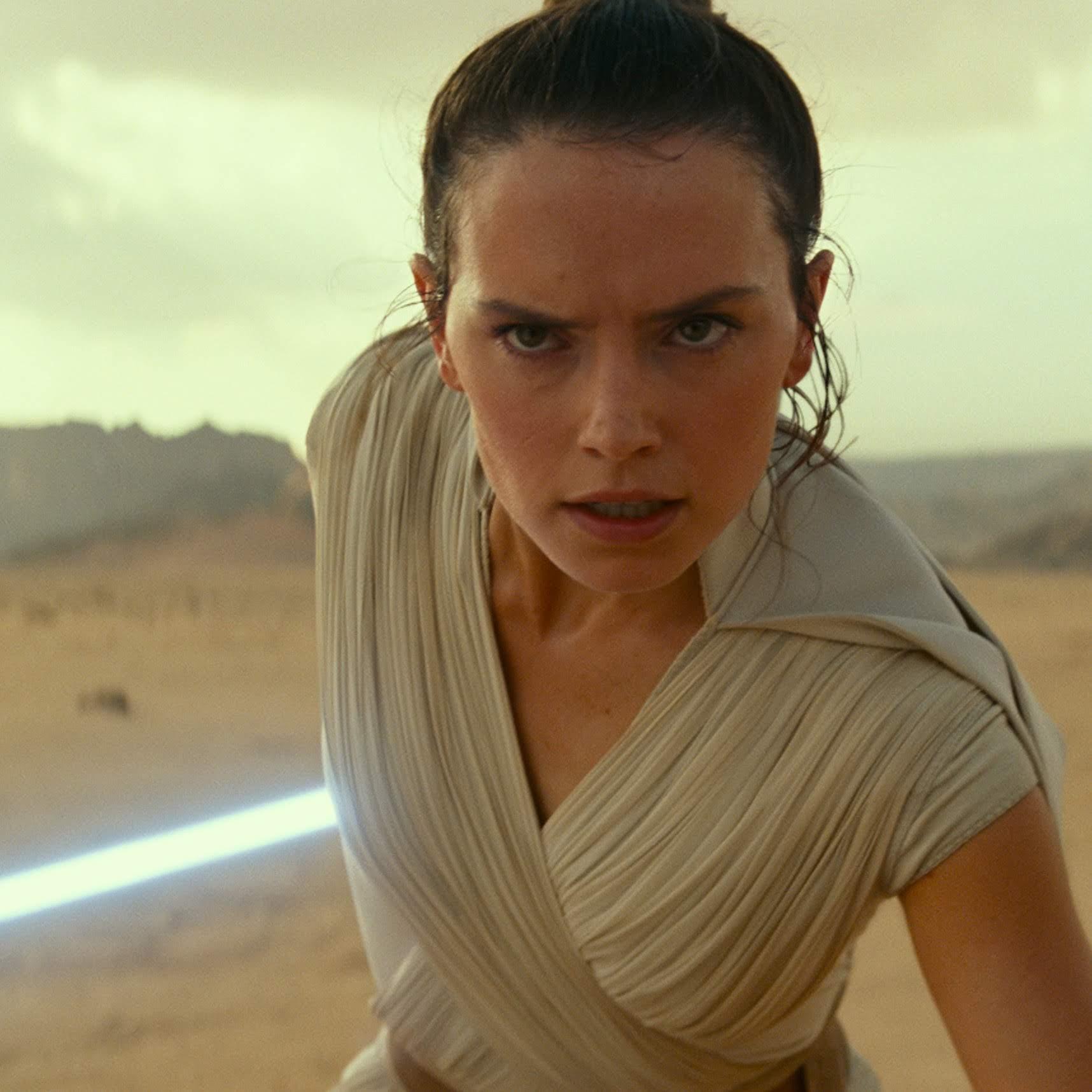 Star Wars :「スター・ウォーズ」の3つのトリロジーが決着にたどり着くクライマックスの完結編「ザ・ライズ・オブ・スカイウォーカー」が、新しい写真をリリース ! !