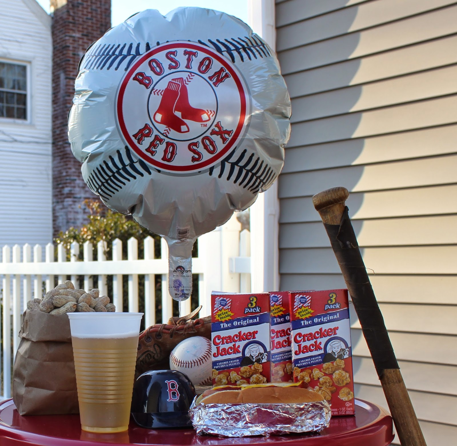 Boston Red Sox, ballpark food, fenway frank, cracker jacks, peanuts