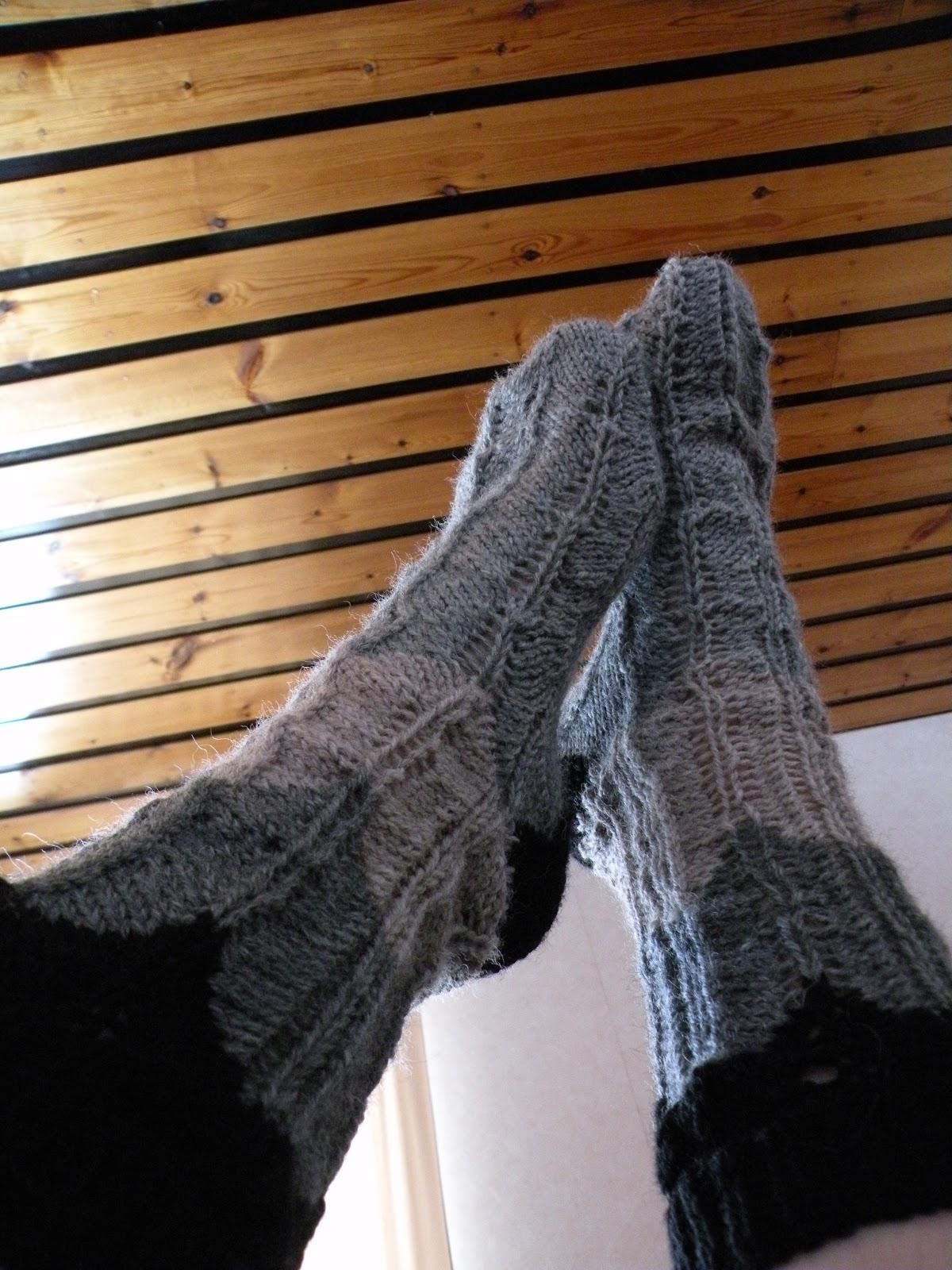 naisten villasukat
