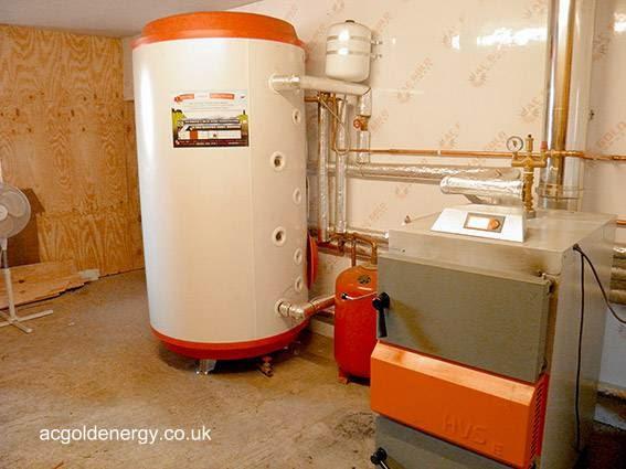 Equipo de biomasa para uso en una granja del Reino Unido
