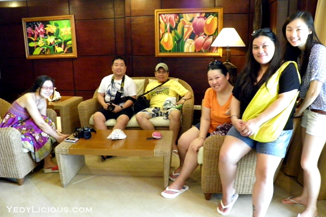 Manila Bloggers Taking A Peek at the Other Rooms of Boracay Mandarin Island Hotel