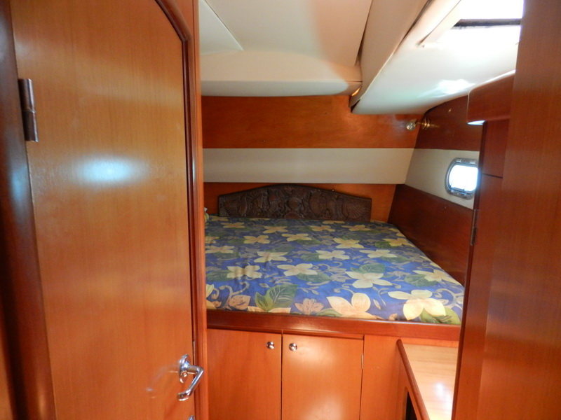 Catamaran Bedroom