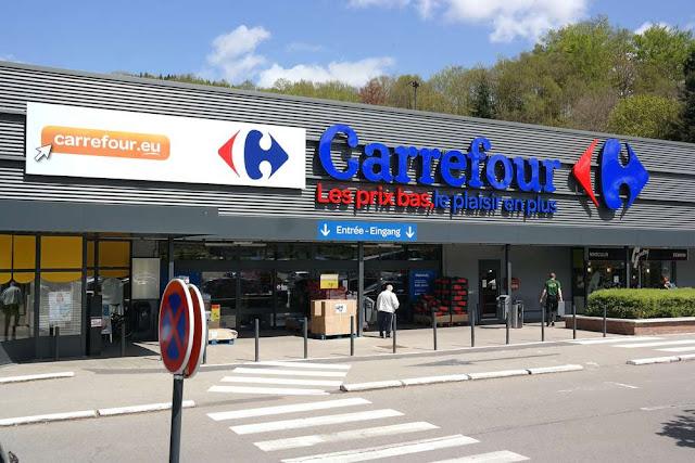 Supermercado Carrefour em Paris