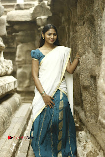 Actress Shruti Reddy Latest Po Shoot Gallery  0019.JPG