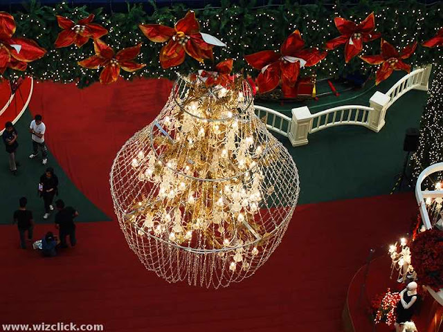 Imperial Chandeliers of Pavilion Mall 2012 Christmas decoration.