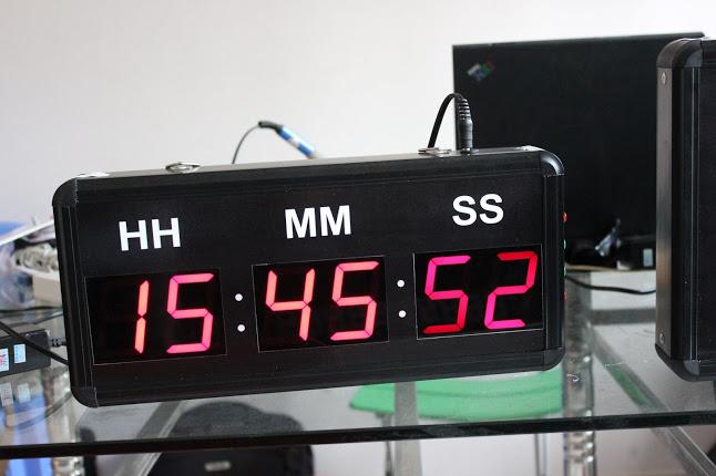 Đồng hồ điện tử Giờ : Phút : Giây