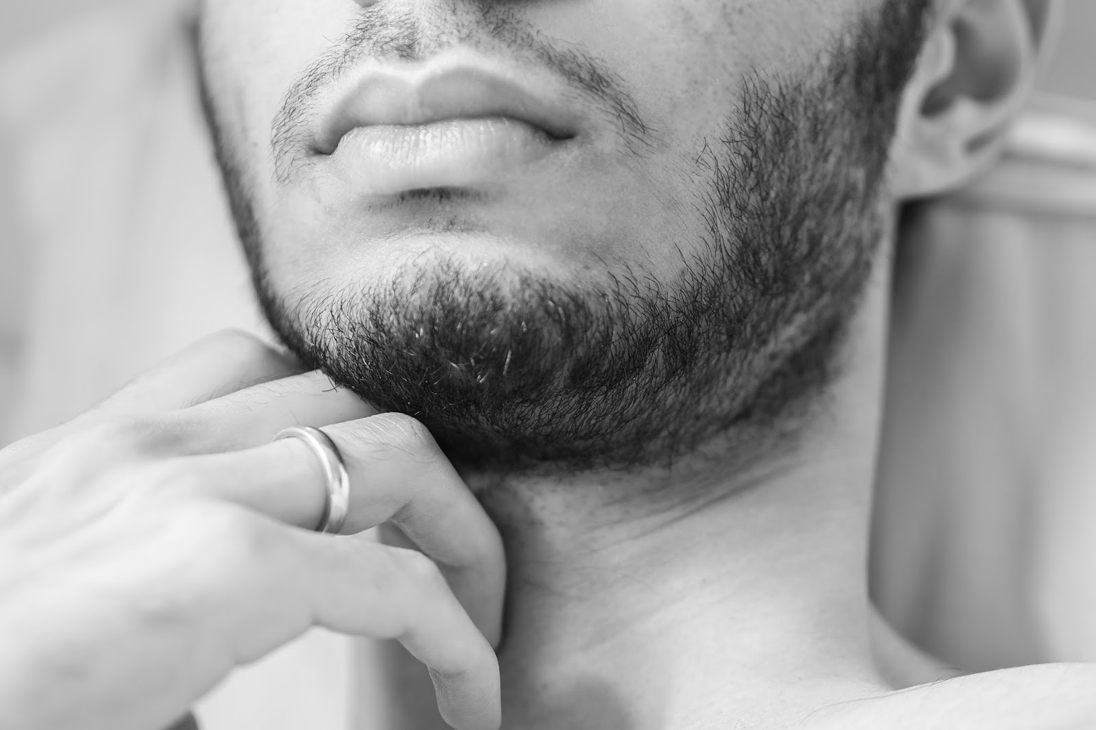 How To Avoid A Patchy Beard - Salman Dean