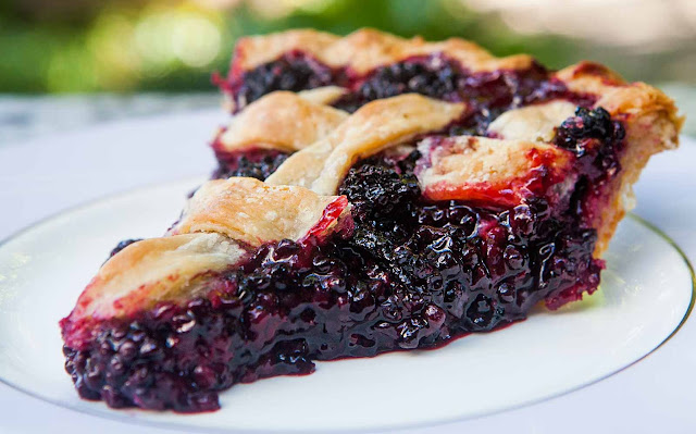 the berries are ripe in addition to prepared for choosing Easy in addition to uncomplicated Blackberry Pie
