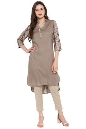 Varanga Salwar & Churidar Suits with 60% off