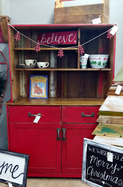 make a rustic farmhouse hutch from a thrift store find and reclaimed wood