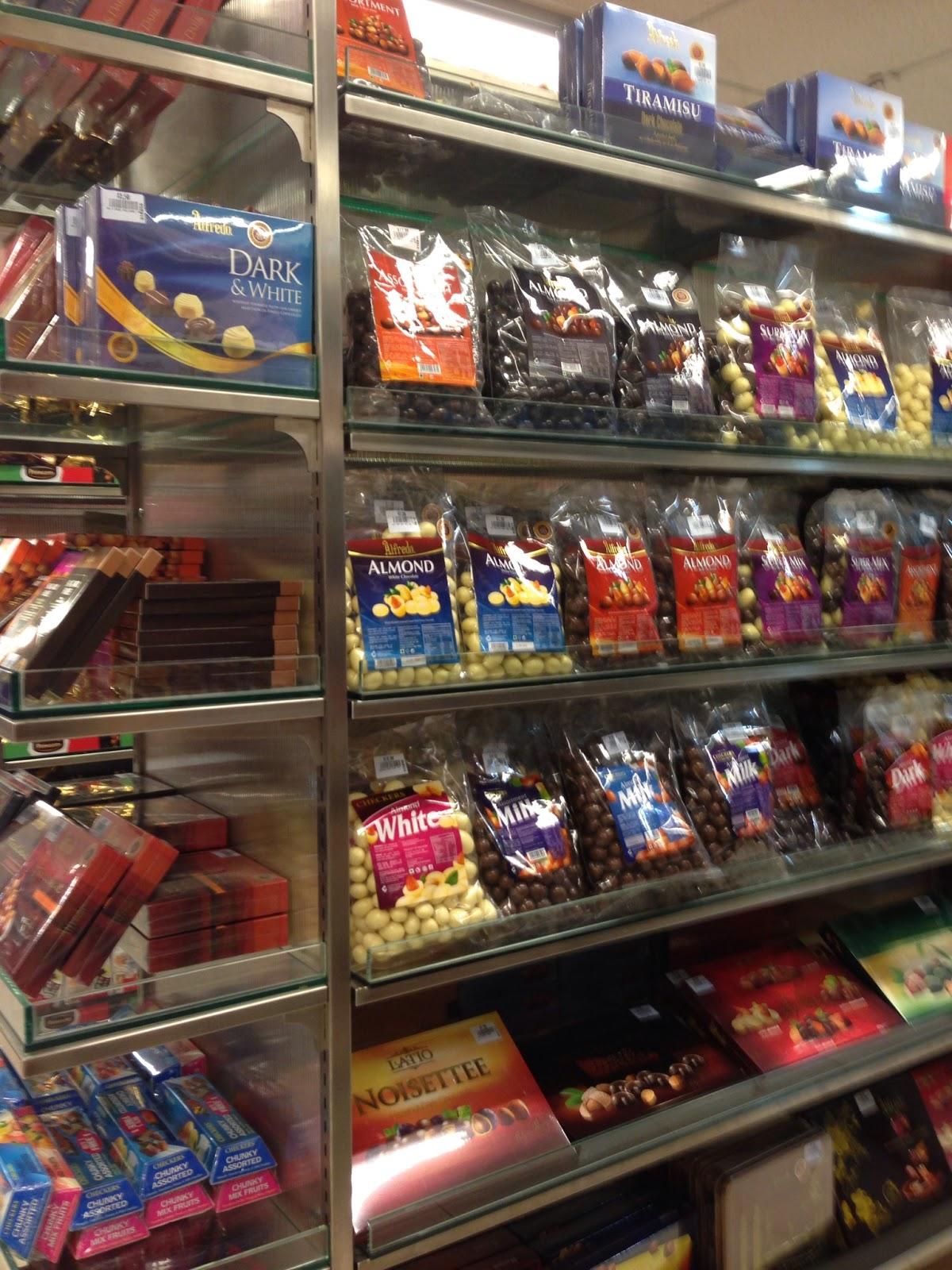 Mustafa Mall Singapore | Where to Shop in Singapore | AFAR