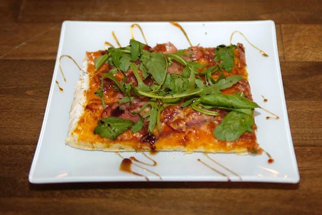 Kürbispizza | Rezept | Essen | Hefeteig