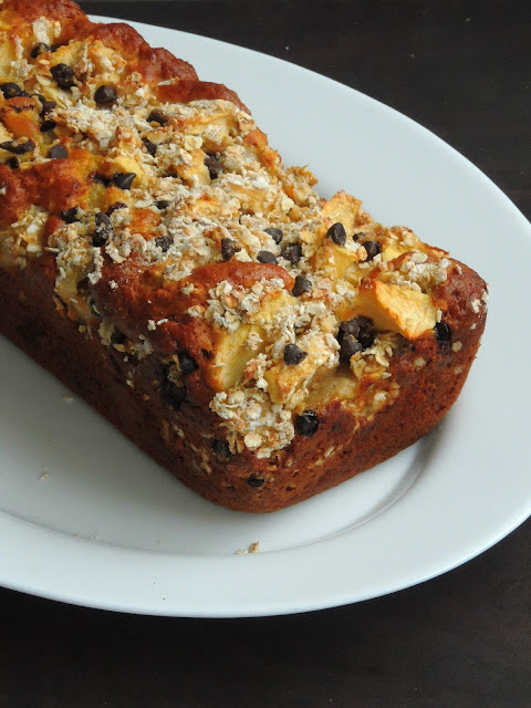 Apple Jaggery Cake with Oats & Chocolate Chips Topping