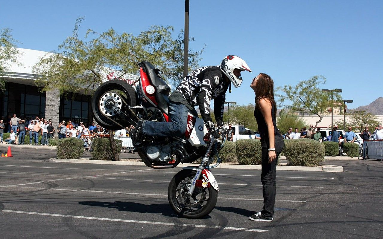 r15 bike stunts hd wallpaper, | r15 bike 1080p photos | - latest