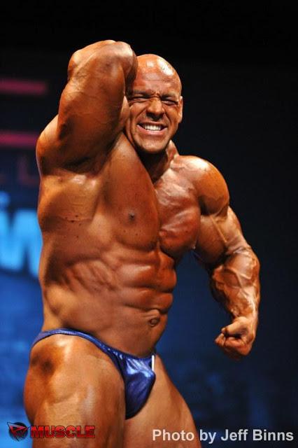 Italian Bodybuilder Pablo Ayala Jacked 4ever