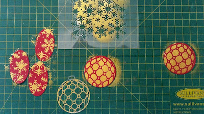 #thecraftythinker  #stampinup  #xmascard  #makeyourownstencil  #cardmaking  #blizzardthinlit  #SDBH , Stampin' Dreams Blog Hop, Christmas card, using dies to make stencils, Shimmer paint, Blizzard Thinlit, Stampin' Up Australia Demonstrator, Stephanie Fischer, Sydney NSW
