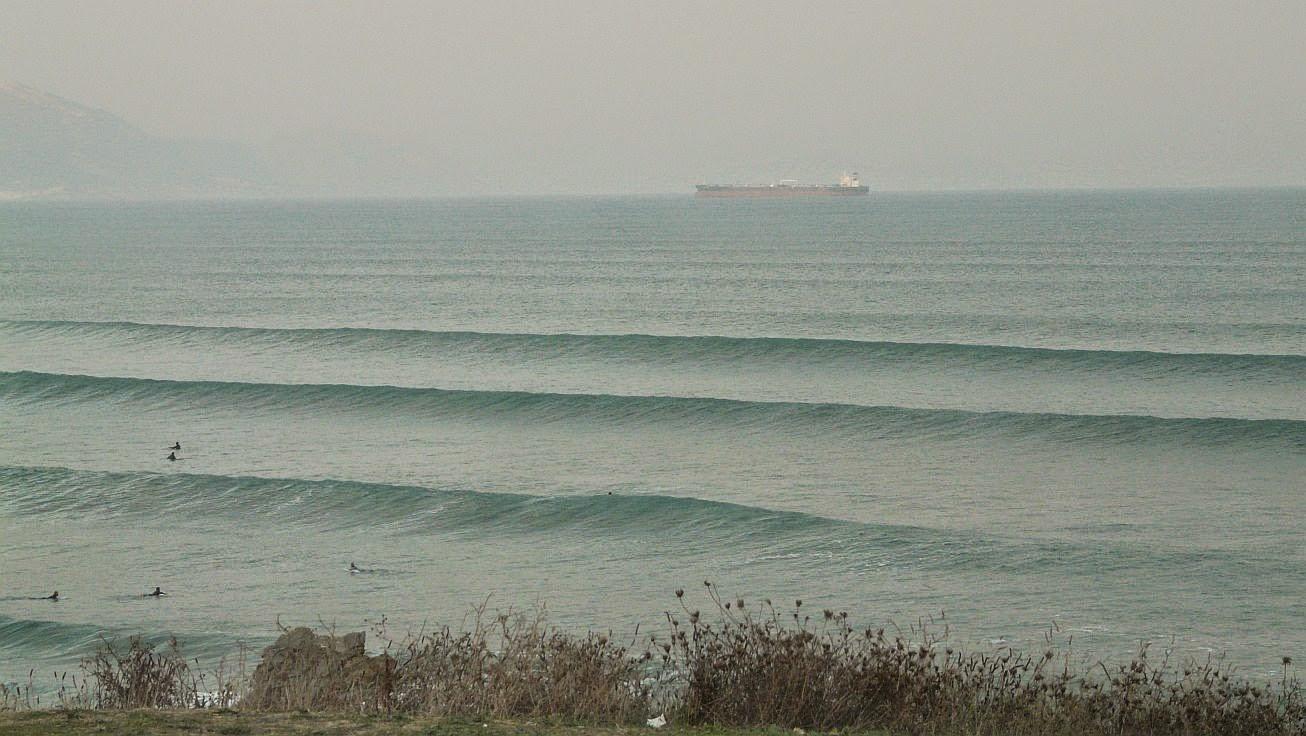 surfistas en sopela 04