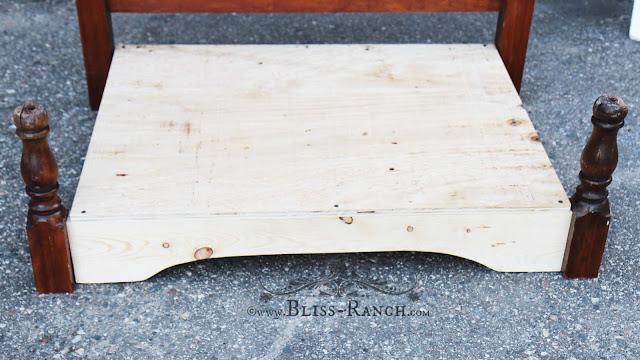 Headboard turned into dog bed Ruff Life, Bliss-Ranch.com